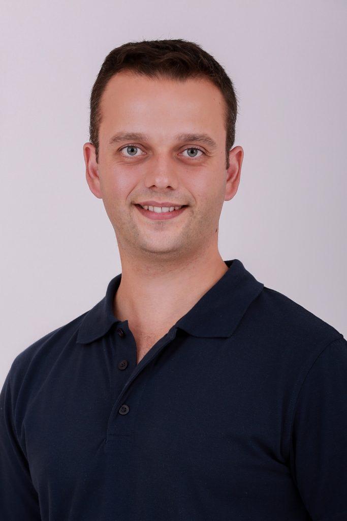 Dr. Németh Simon Dr. Némethné Tömöri Dóra